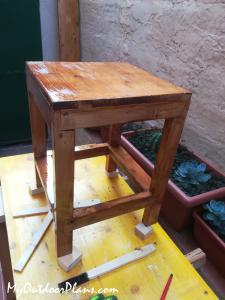 Build-a-simple-stool