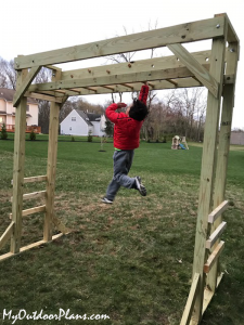 DIY-Wood-Monkey-Bars