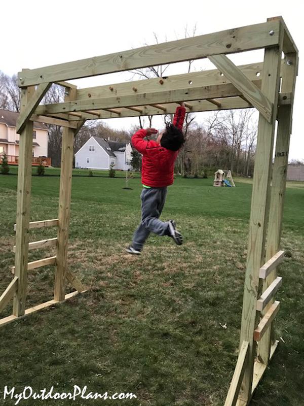 DIY-Wood-Monkey-Bars
