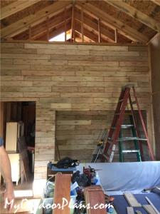 Finishing-the-interior-of-the-tiny-house