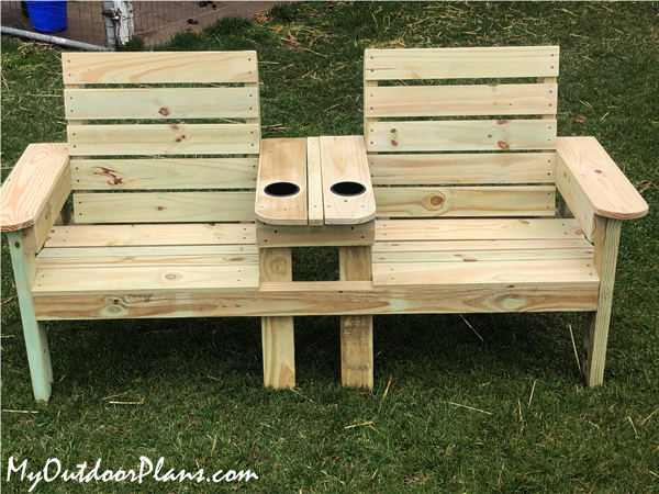 Large-double-chair-bench-with-table---DIY-Project