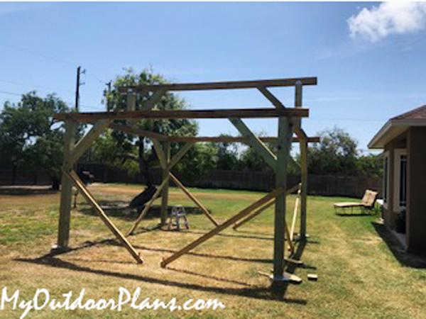 Assembling-the-frame-of-the-pavilion