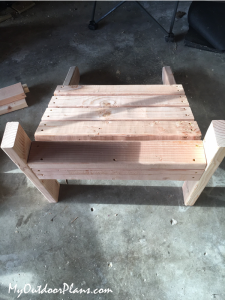 Assembling-the-seat-for-the-adirondack-chair