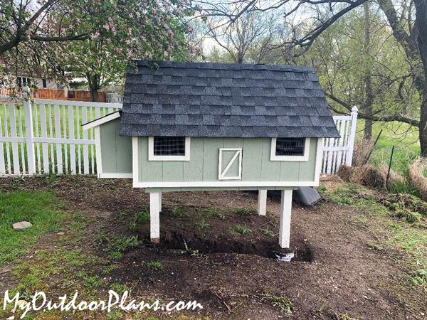 Build-a-4x8-chicken-coop