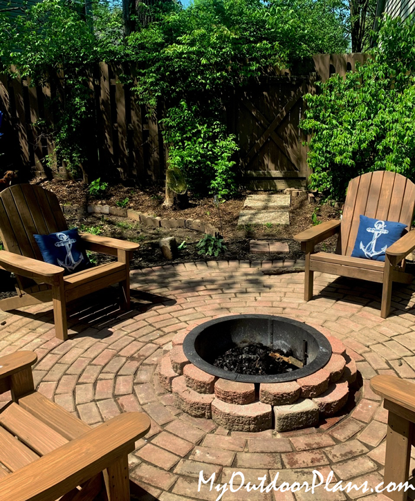 DIY Adirondack Chairs from 2x4s