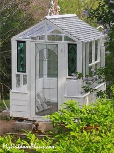 DIY-6x8-Wood-Greenhouse