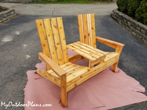 DIY-Adirondack-Bench-with-Table