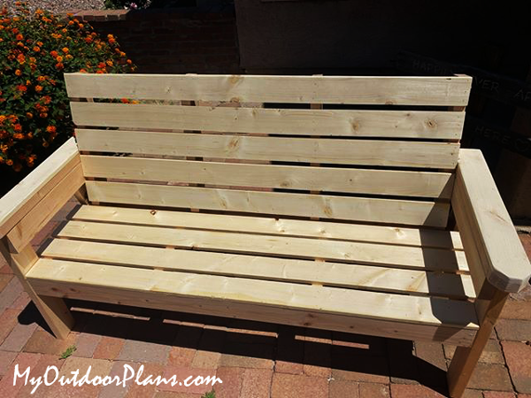 DIY Wooden Garden Bench