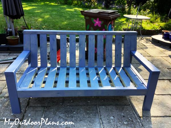 DIY-Outdoor-Sofa