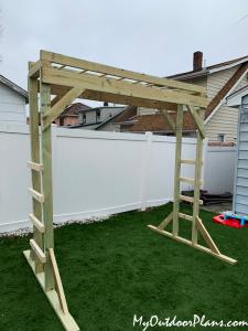 DIY-Wood-Moneky-Bars