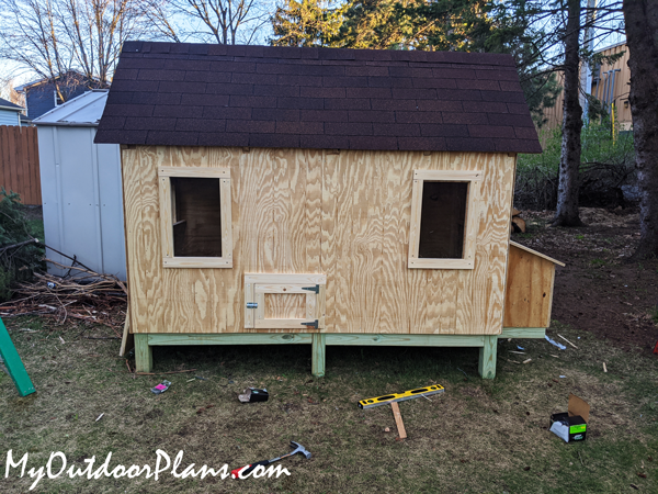 How-to-build-a-4x8-chicken-coop