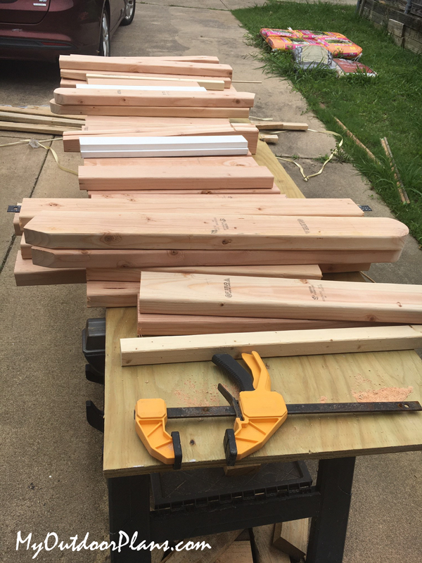 Materials-for-outdoor-chairs