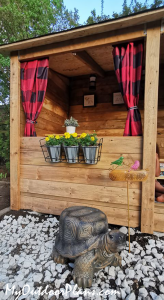 DIY-Outdoor-Kids-Clubhouse