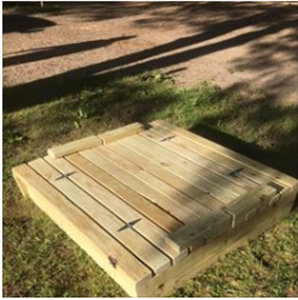 Sandbox-with-cover