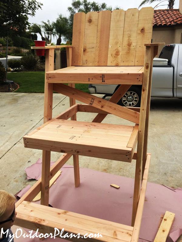 DIY Lifeguard High Chair