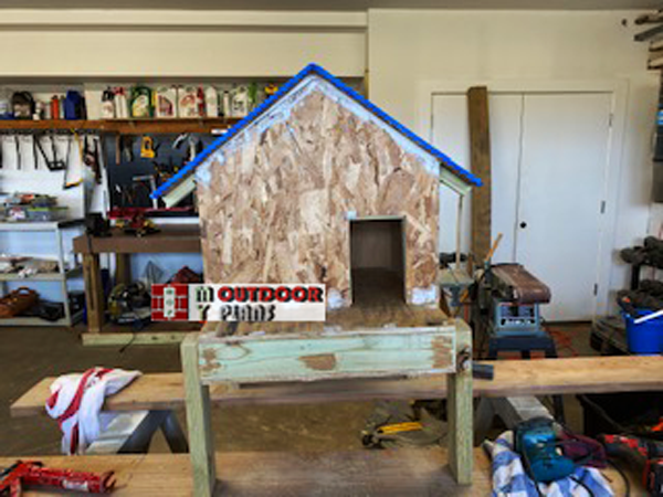 DIY-Outdoor-Insulated-Cat-House